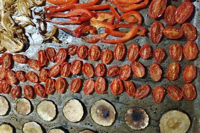 Légumes au four à l'huile d'olive et au vinaigre balsamique