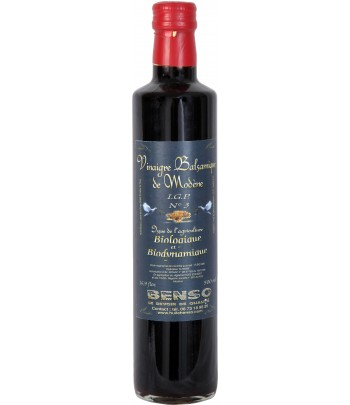 Organic balsamic vinegar of...